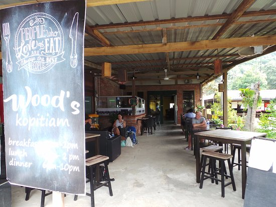 The Wood's Kitchen & Bar Langkawi: Loved it here