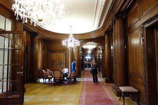 Petschek Palace