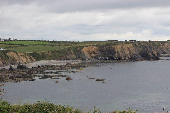 Bunmahon, Irlanda: praia pequena