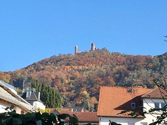 Bensheim, Jerman: View to Schloss Auerbach