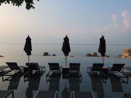Samui Paradise Chaweng Beach Resort: Pileta del hotel