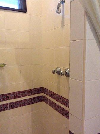 Lubok Antu, Malaysia: Old style shower