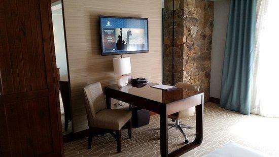 The Ritz-Carlton, Bachelor Gulch: TV