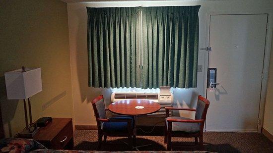 Rodeway Inn Glenwood Springs: Interior view of the room