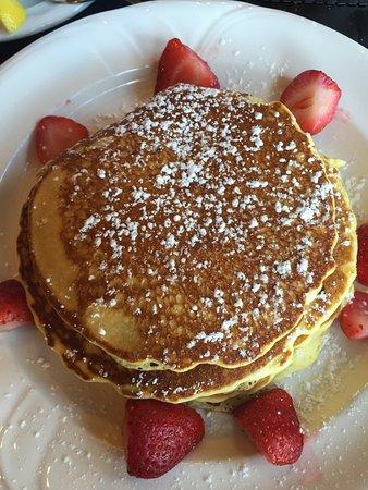 Bermudas Steak & Seafood: pancakes