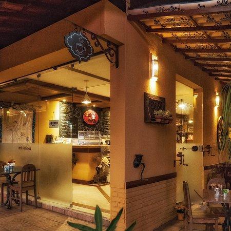 Café Dali de Minas: Ambiente aconchegante, bom para degustar os famosos Doces Húngaros!