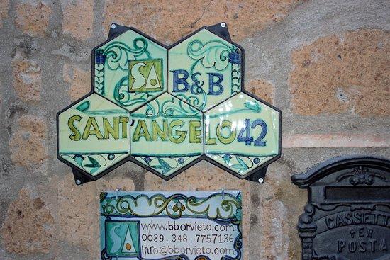 B&B Sant'Angelo 42: address sign