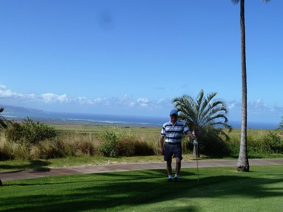 Pukalani Country Club : Looking out towards West Maui