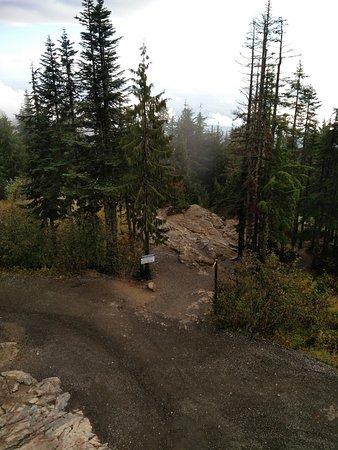 นอร์ทแวนคูเวอร์, แคนาดา: at the end of the hike