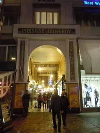 Passage Jouffroy: Entrée du passage