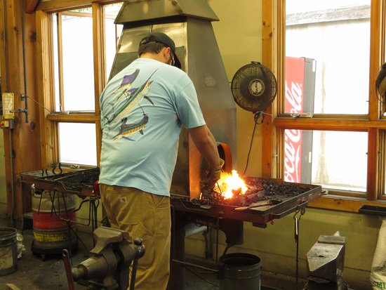 Brasstown, NC: Blacksmithing