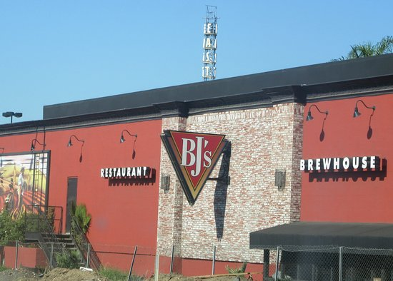 Bj S Restaurant And Brewhouse West Covina Ca Picture Of