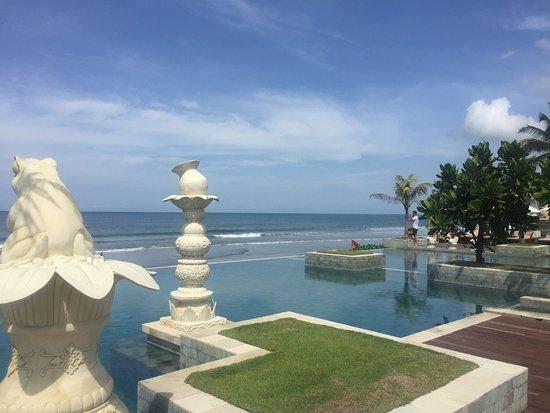 The Seminyak Beach Resort & Spa: photo0.jpg