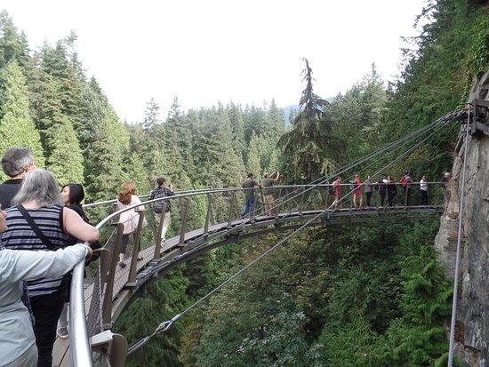 North Vancouver, Canada: The Cliff Walk