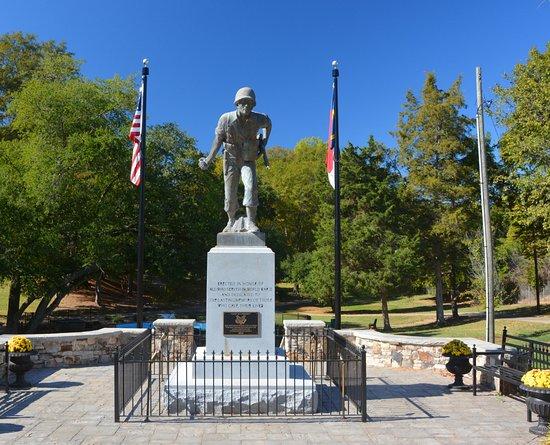 Belmont, NC: WW II Vet Monument