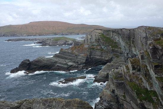 Portmagee, Irland: View north
