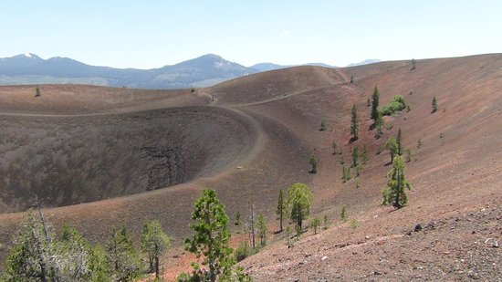 Mineral, Kalifornien: At the Top of Cinder Cone