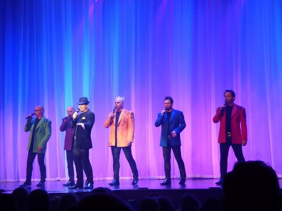 Branson, MO: SIX show