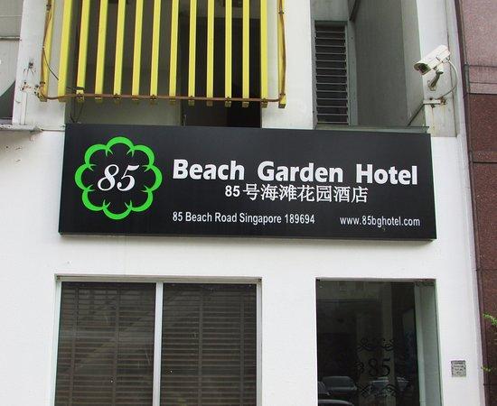 85 Beach Garden Hotel: Tampak Depan.