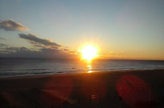 The Oceanfront Inn: Sunrises are spectacular.