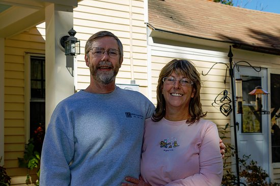 Warner, Nueva Hampshire: Innkeepers Hank and Cheryl