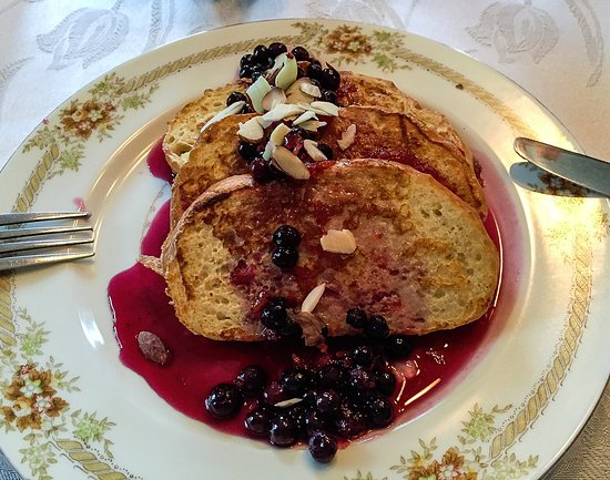 Warner, NH: French toast with orange/blueberry compote and almond slivers-yum!