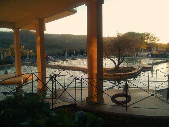 Parcheggio bild fr n albergo posta marcucci bagno - Bagno vignoni hotel posta marcucci ...