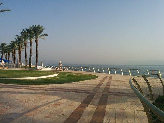 Gai Beach Resort Spa Hotel: נוף מדהים