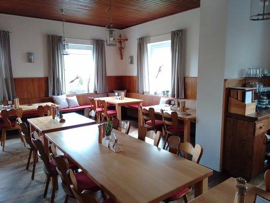 Kirchdorf an der Amper, Alemania: Caféwirt