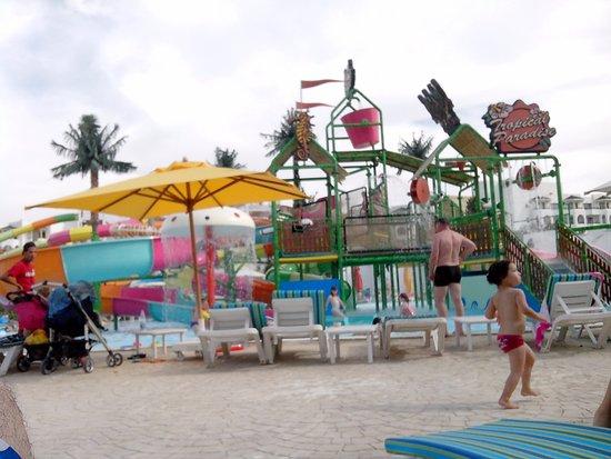 AquaSplash Thalassa Sousse: piscine enfants