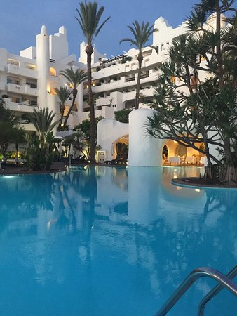 Just magic picture of hotel jardin tropical costa adeje for Jardin tropical tenerife tripadvisor