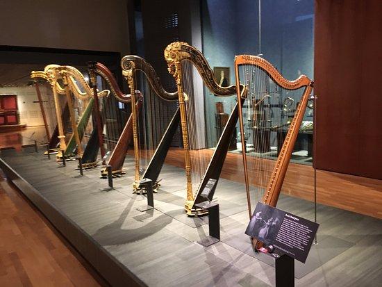 Musée de la musique : Harpe