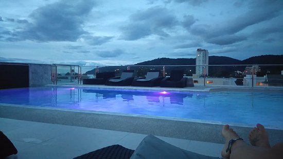 Grand Sunset Hotel : Piscine sur toit