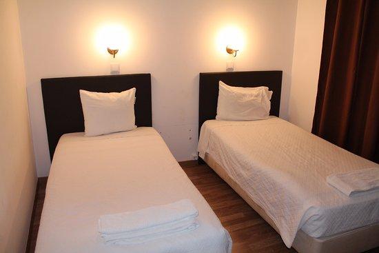 Pensao Residencial Camoes Photo