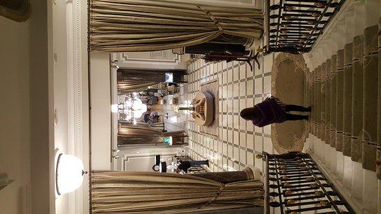 Hotel Maria Cristina, a Luxury Collection Hotel, San Sebastian: 20161105_122342_large.jpg