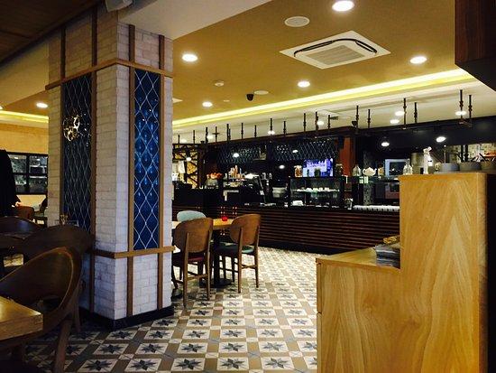 Meram bos en lommer amsterdam de kolenkit restaurant for Meram restaurant amsterdam
