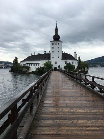 Cafe Baumgartner: Castello lago
