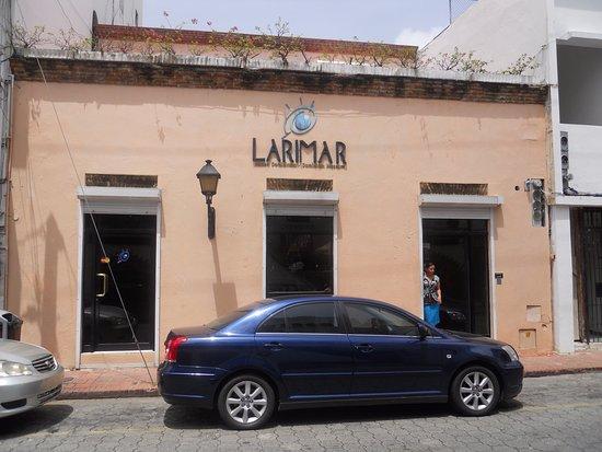 Larimar Museum and Factory : Fachada