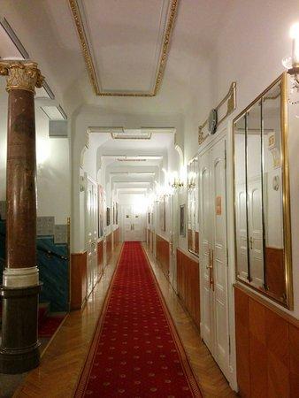 Hotel Paris Prague: Lobby