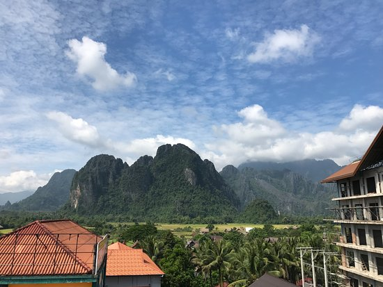 Real Vang Vieng Backpacker Hostel 2