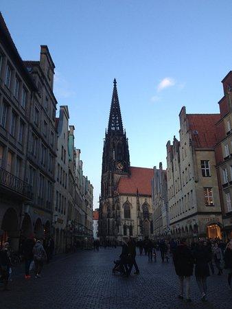 Prinzipalmarkt: Blieck auf Lambertikirche
