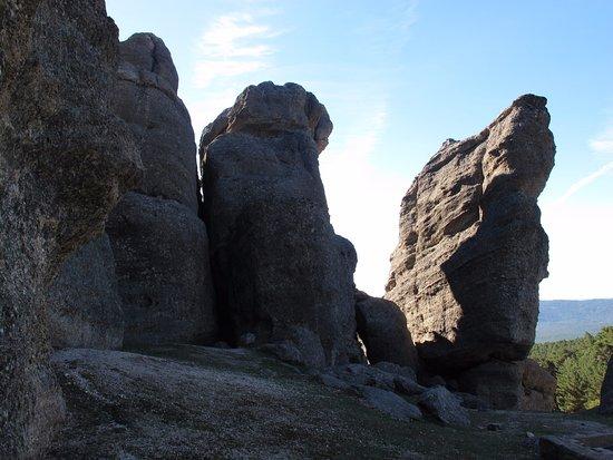 Duruelo de la Sierra, สเปน: Formaciones rocosas