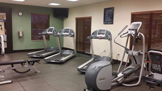 Hampton Inn Seneca Falls: Gym