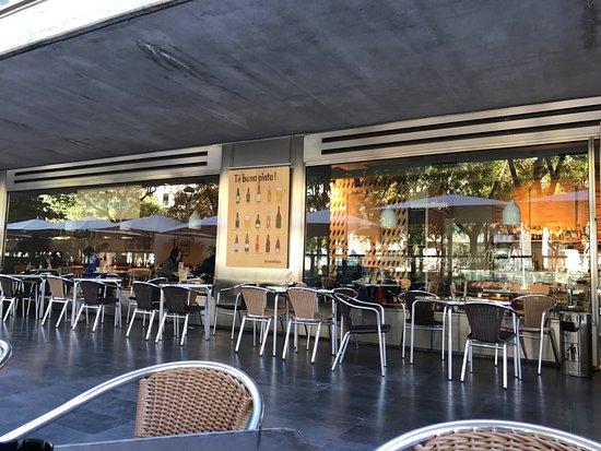 Buenas migas l 39 illa diagonal barcelona restaurantbeoordelingen tripadvisor - Centre comercial illa ...