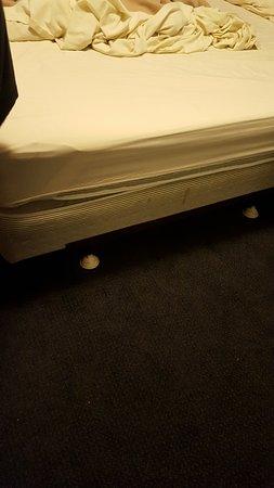 Littleton, NH: Stained mattress, no mattress covers