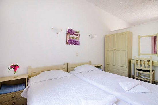 Stavros Villas And Apartments In Gerani