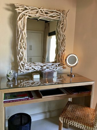 Luxury Dressing Table Mirrors with Drawers