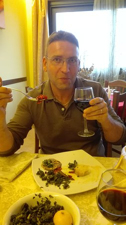 Roccacasale, อิตาลี: TA_IMG_20161106_144443_large.jpg