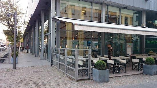 Grand Cafe Horta : Outside