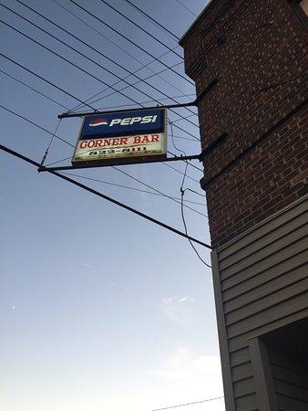 Cumberland, WI: Corner Bar